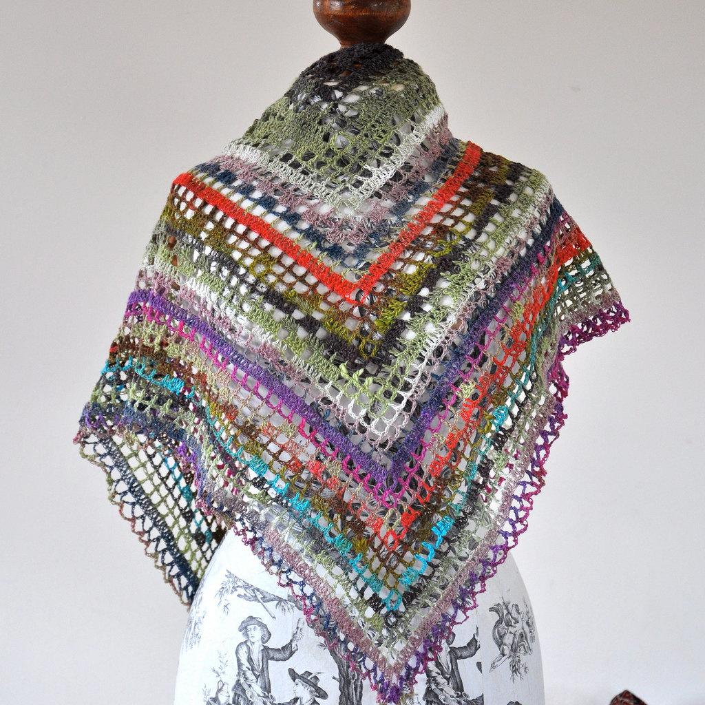 Triangular Gypsy Crochet Shawl on Luulla